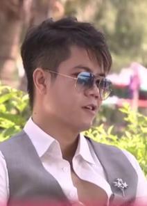 Talk With Đinh Mạnh Ninh